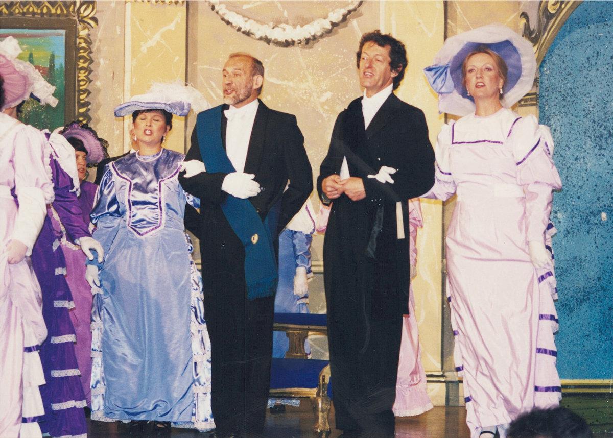Merry-2001